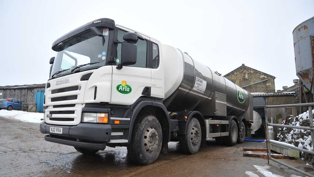 UPDATE: Dairy farmers dump milk as tankers struggle to reach farms