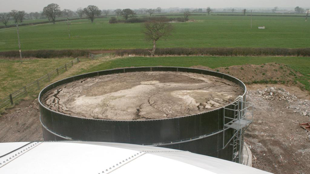 Slurry is pumped from the 600-cow dairy herd to a separate tank