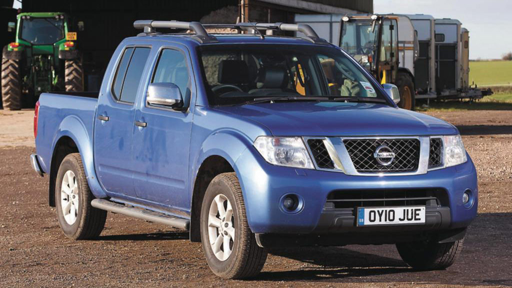 Truck Cab Inside >> On test: Nissan Navara Tekna Double Cab - INSIGHTS - Farmers Guardian
