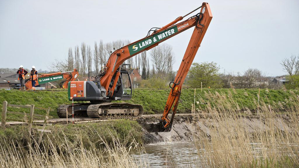 Farmers free to dredge ditches without paperwork under rule change