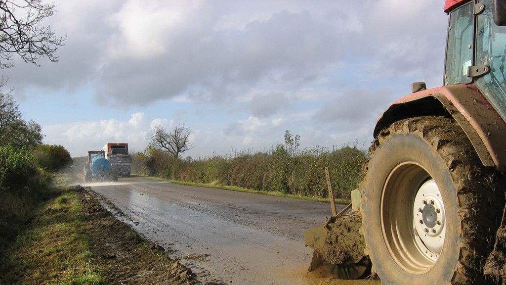 Mud on the roads: What farmers using public highways need to know