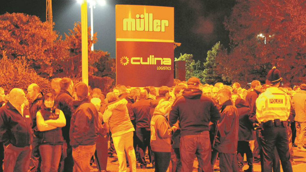 Hundreds attend FFA blockade of Muller's Market Drayton site
