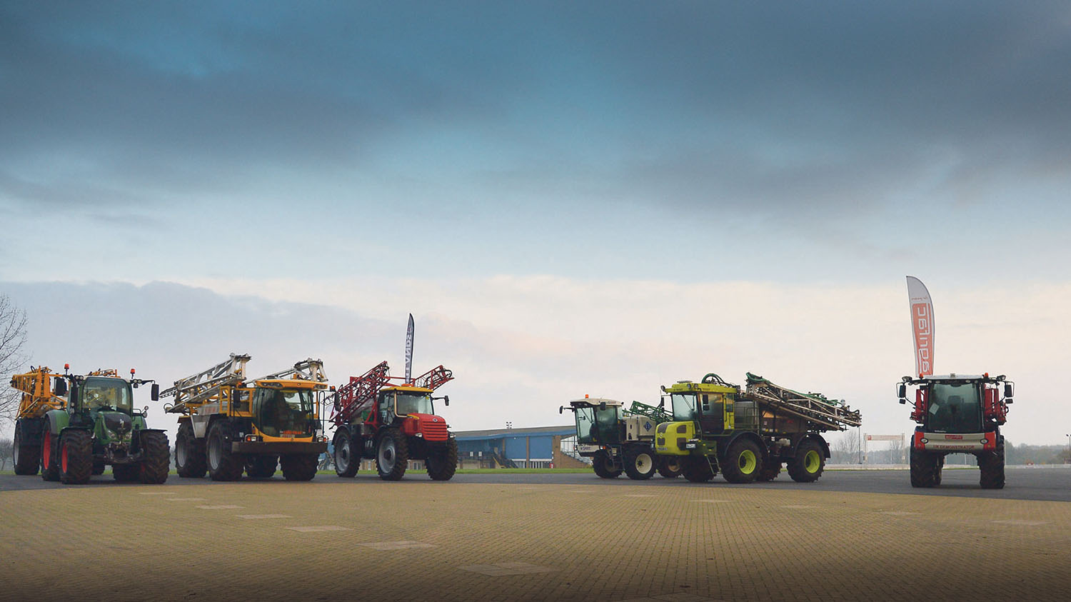 New spraying innovations demonstrated at CropTec 2014