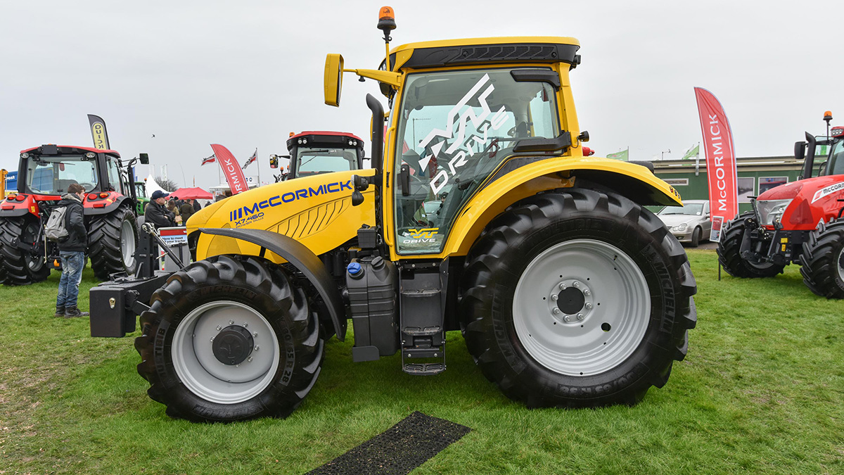 McCormick introduces VT Drive on X7 tractors