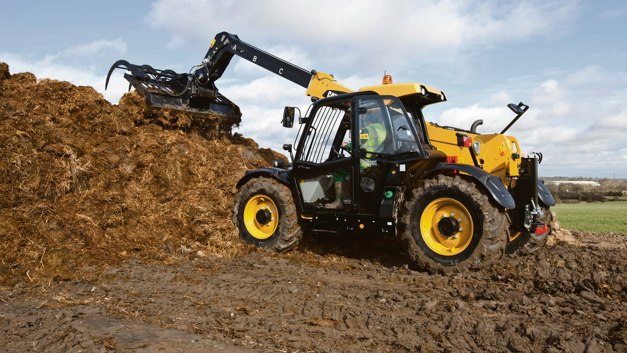 On test: First dedicated ag-spec Cat telehandler