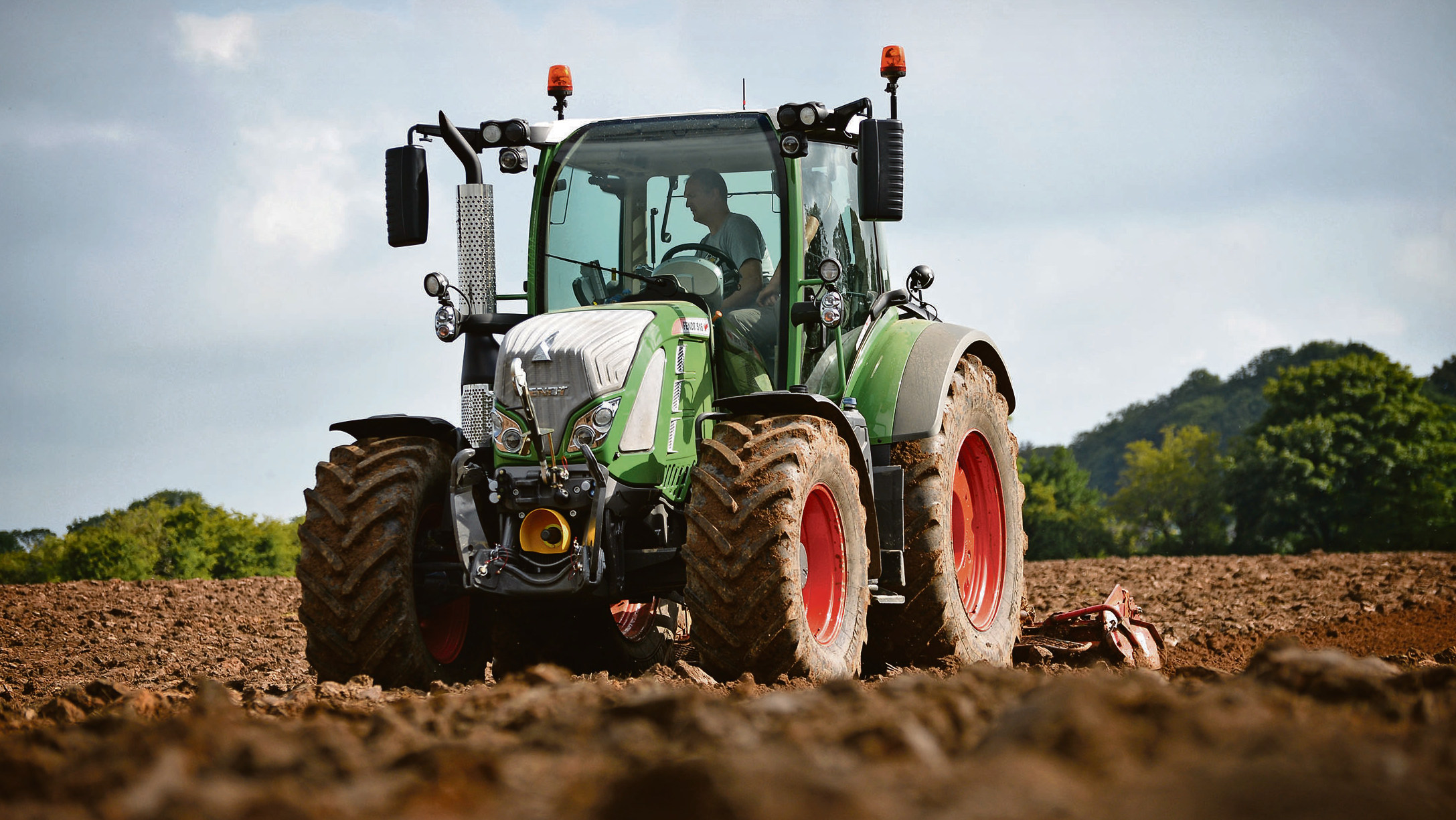 On test: Challenging conditions reveal Fendt's new 516's capabilities