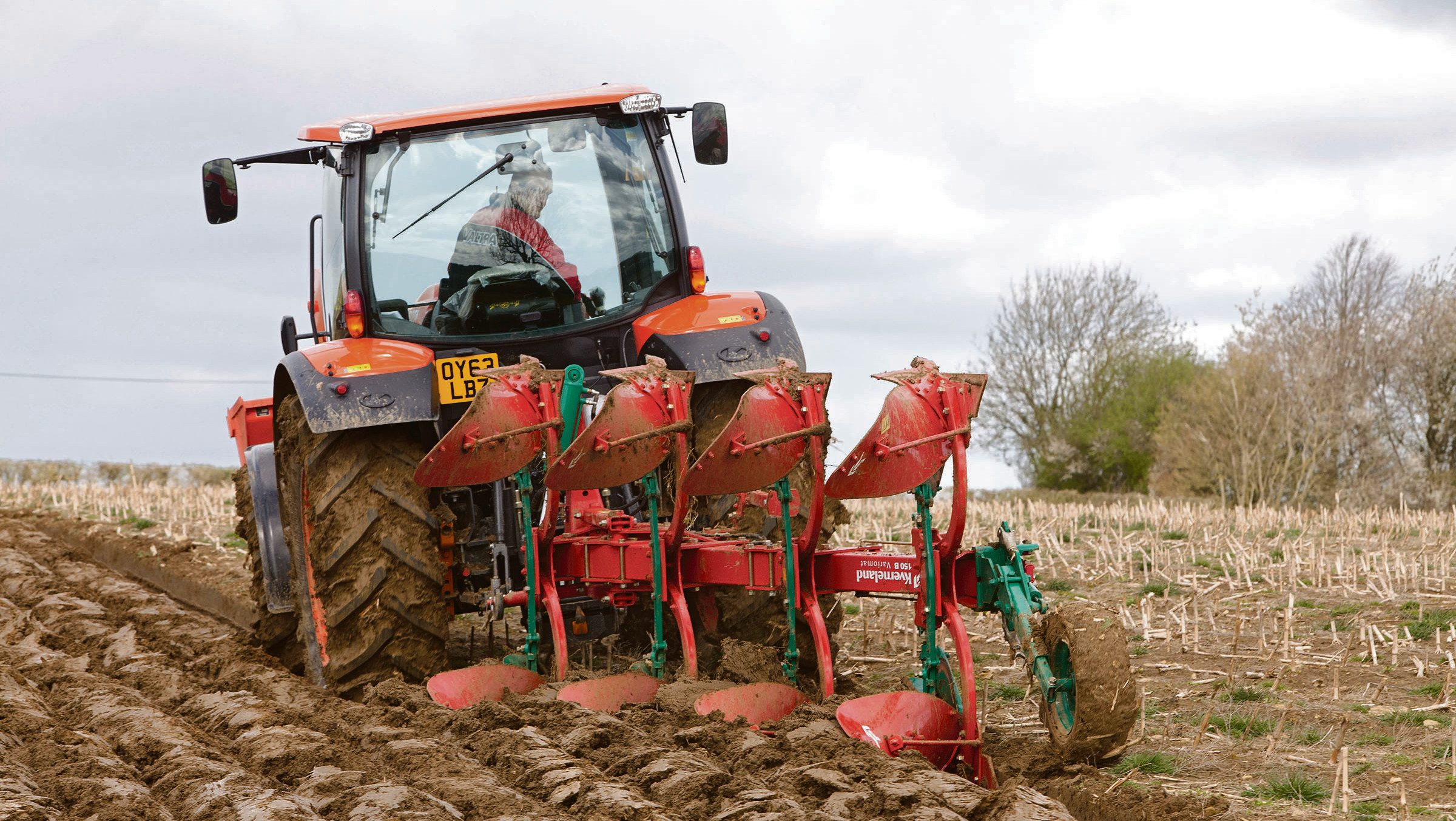 On test: Challenging conditions test latest Kverneland Variomat plough