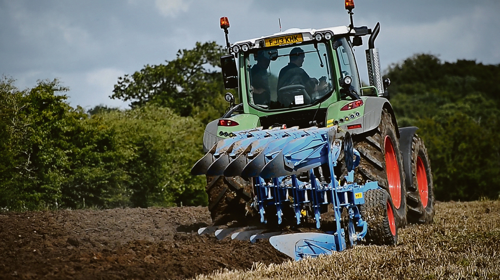 On test: Lemken's Juwel 7 plough; lightweight yet sophisticated