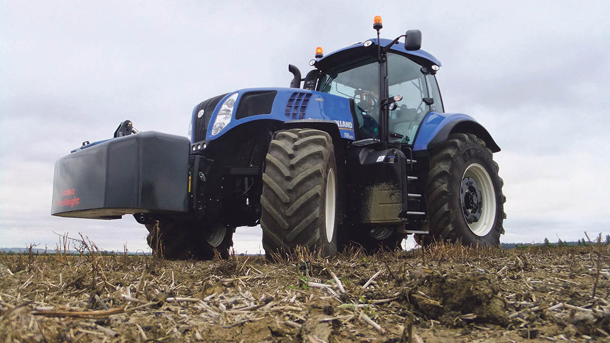 On test: New Holland T8.420 AutoCommand