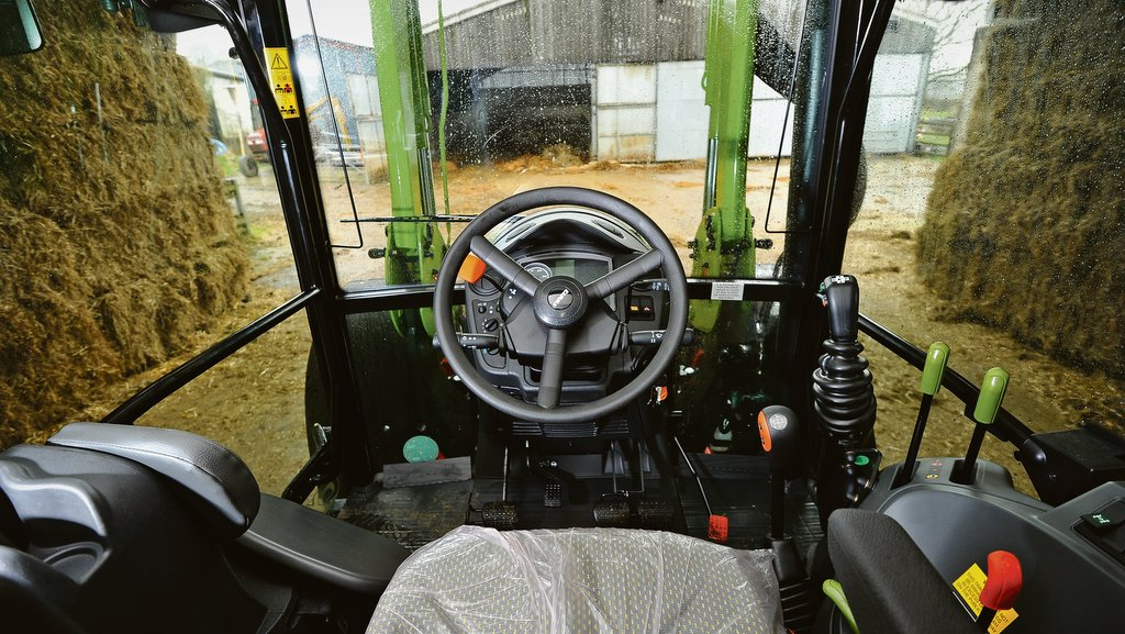 On Test Claas Axos 340 Cx With Mx Fl 80 Loader