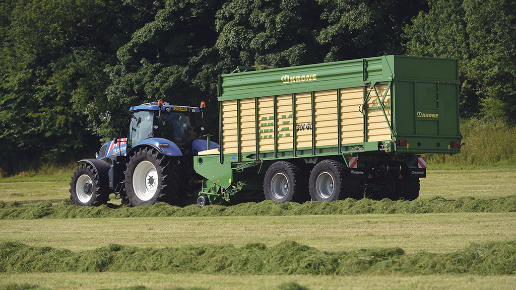 On test: Krone MX 350 GL forage wagon