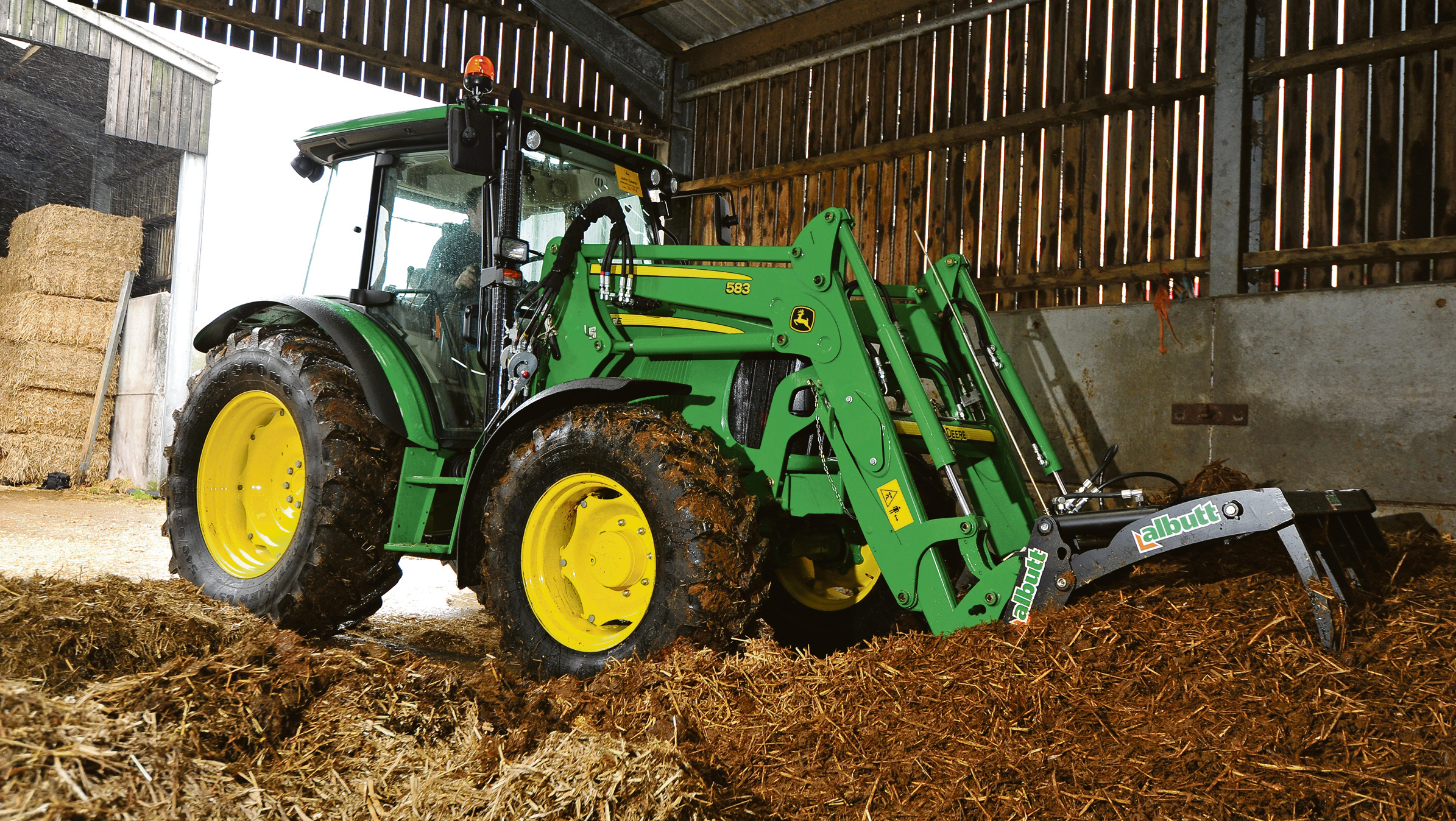 Tractor and loader test: John Deere 5R tractor with 583