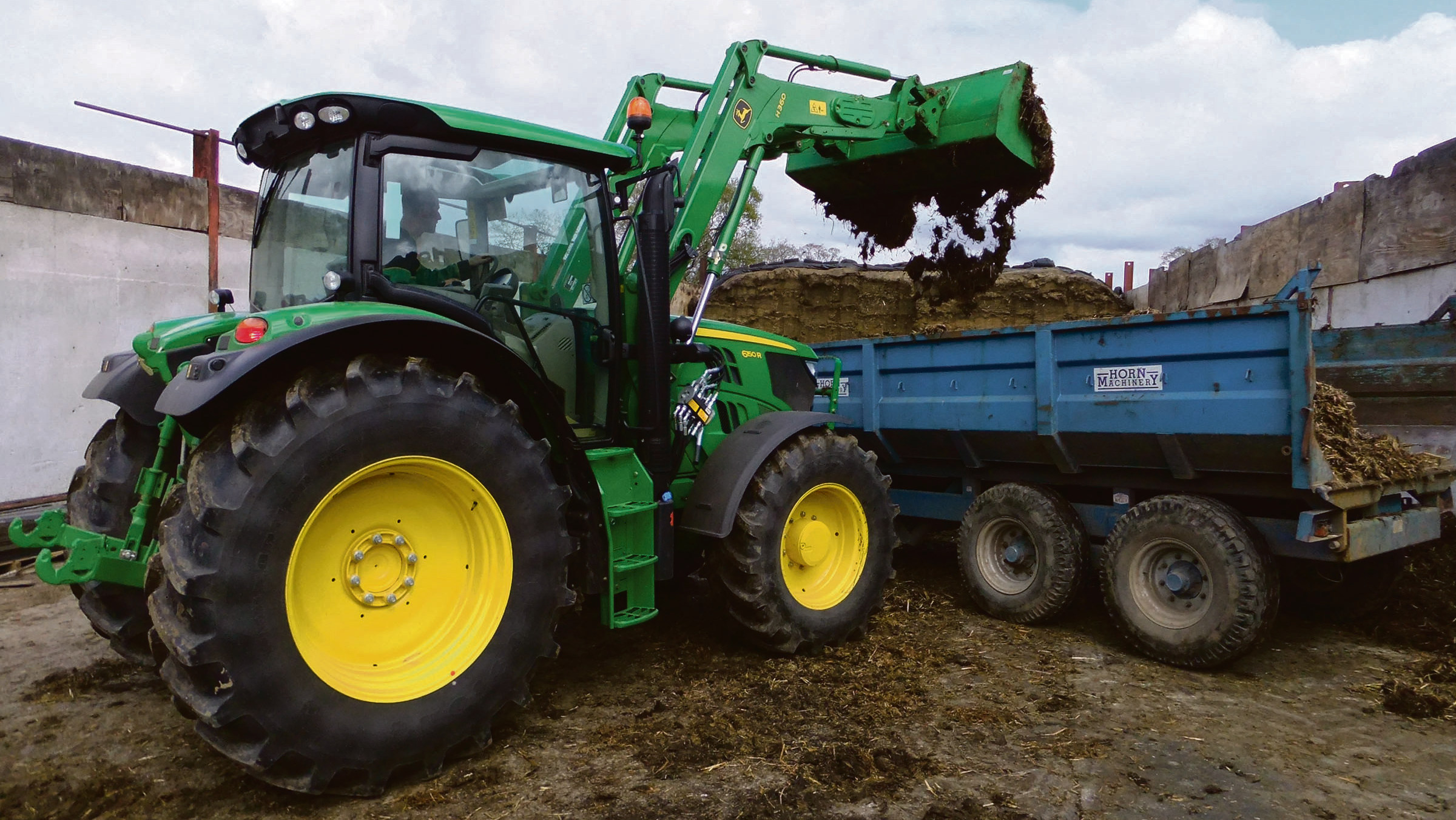 On test: John Deere's latest loader innovation