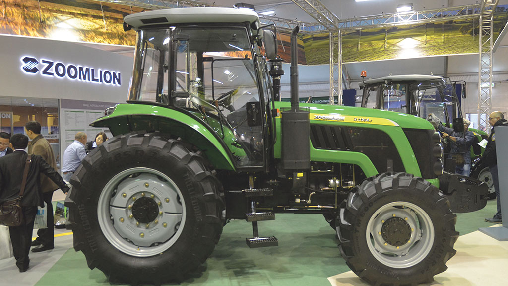 Zoomlion RS 1204-F tractor