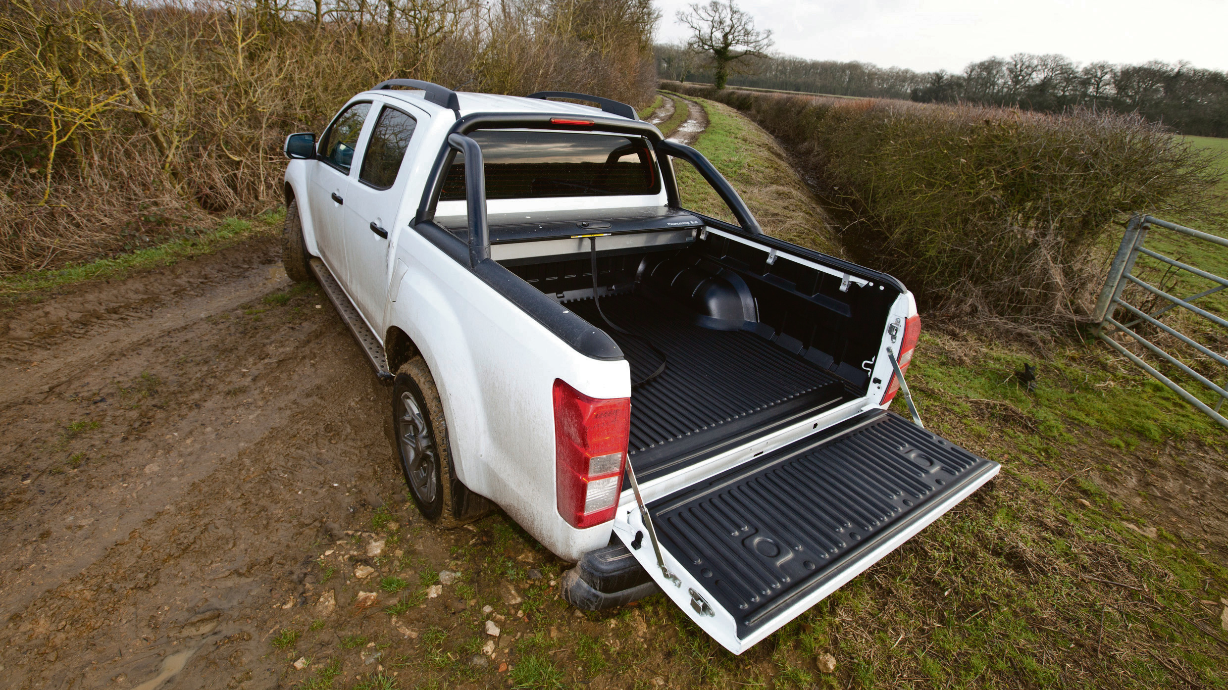 The D-max back tray