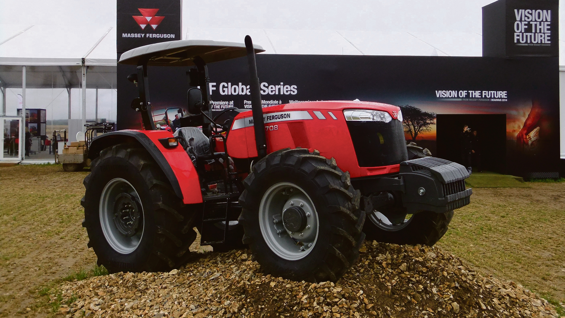 Massey Ferguson going Global with flexible spec tractor