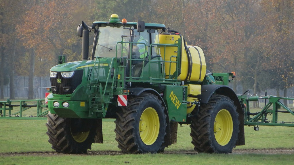 John Deere buys self-propelled sprayer manufacturer Mazzotti