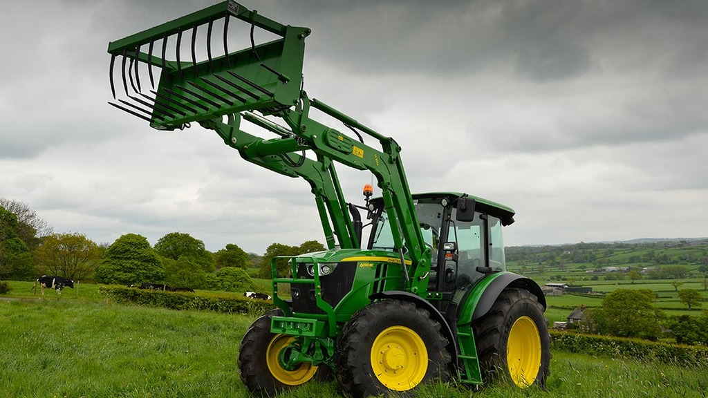 On test: Clever compact John Deere fills a gap in the range