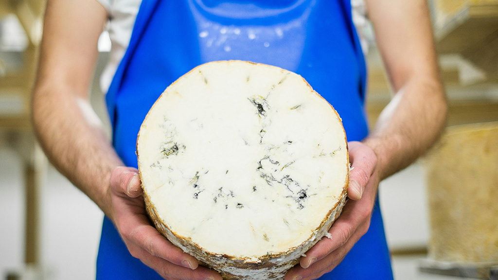 #Februdairy: 10 reasons why you should eat more cheese