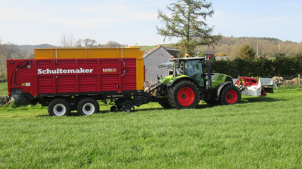 Move to make own silage leads to big savings on Dumfries farm