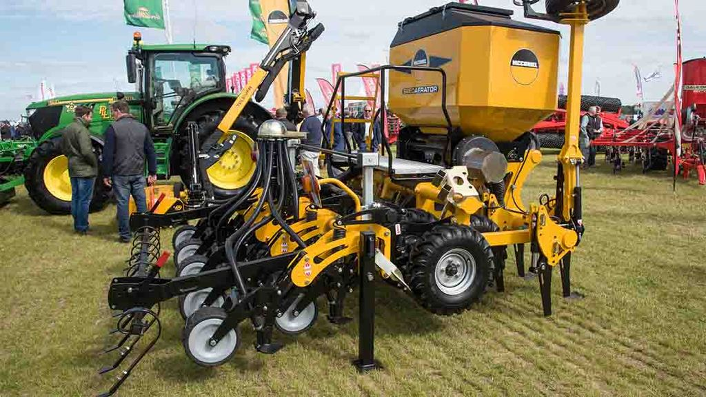 Aerator And Seeder : Cereals event no more cutting corners with seed bed