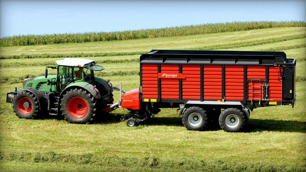 Kverneland expands range of forage wagons