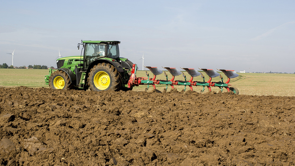 Getting the best from: Kverneland EG85 reversible plough