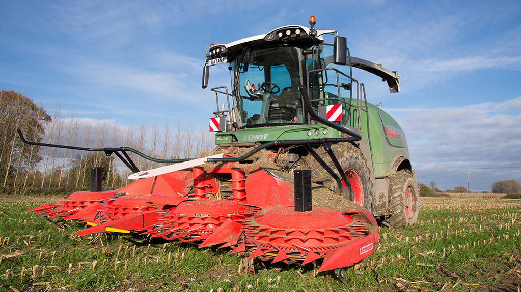 Self propelled foragers prop up declining machinery market