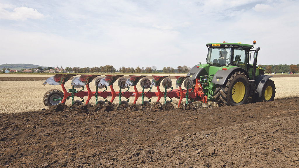 Intelligent plough sees set-up time reduced