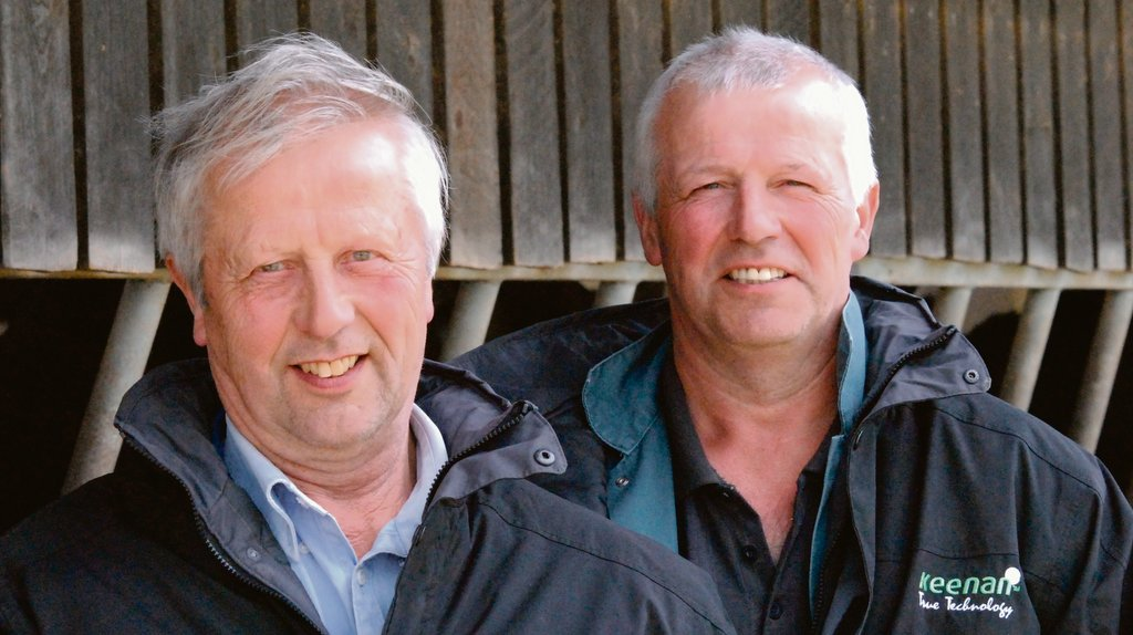 Roy (left) and Andrew Dutton run the renowned Royan pedigree herd