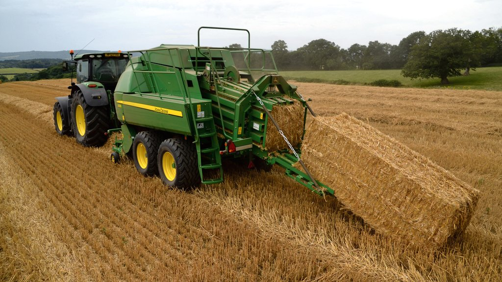 On-test: John Deere L1533 large square baler