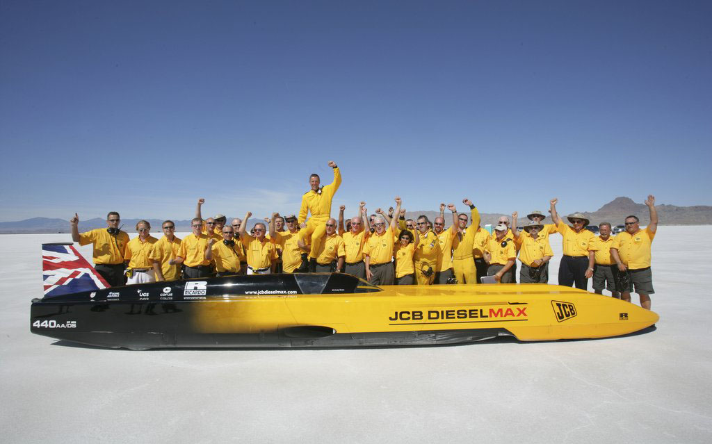 JCB is no stranger at setting world records, including the world diesel-powered land speed record which it set in 2006.