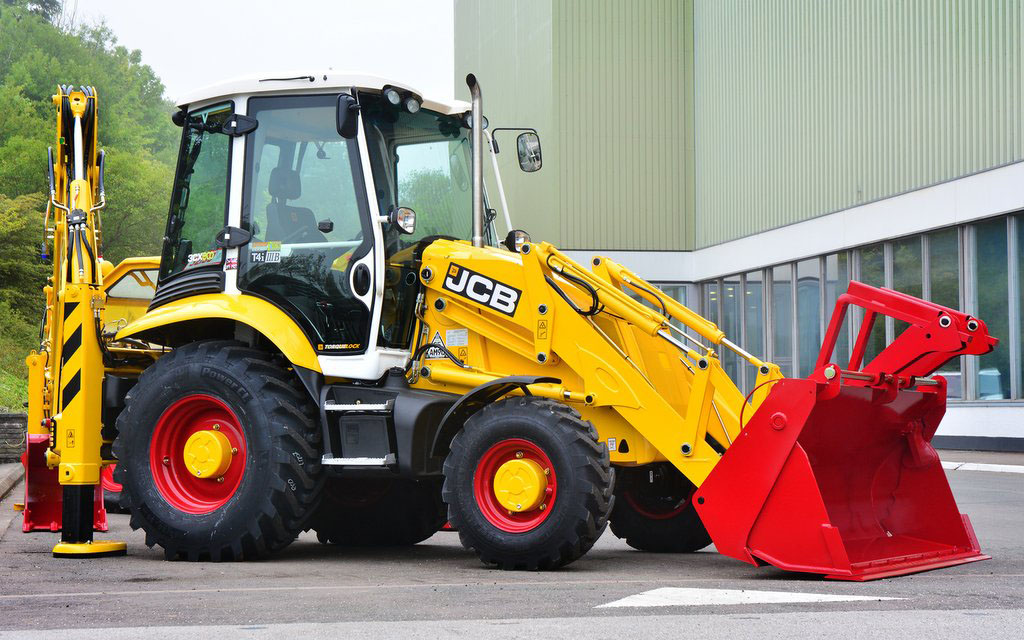 From Garage Lock Up To Global Force Jcb Marks 70 Years In