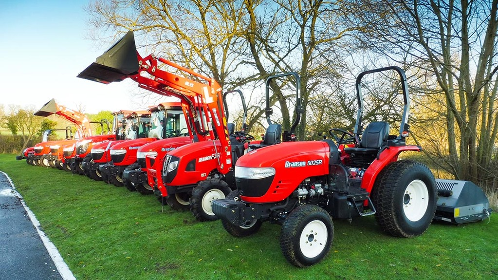 New name on UK tractor scene
