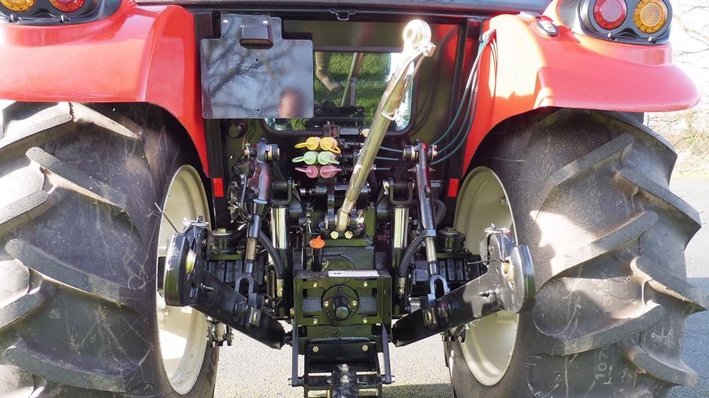 New name on UK tractor scene - NEWS - Farmers Guardian