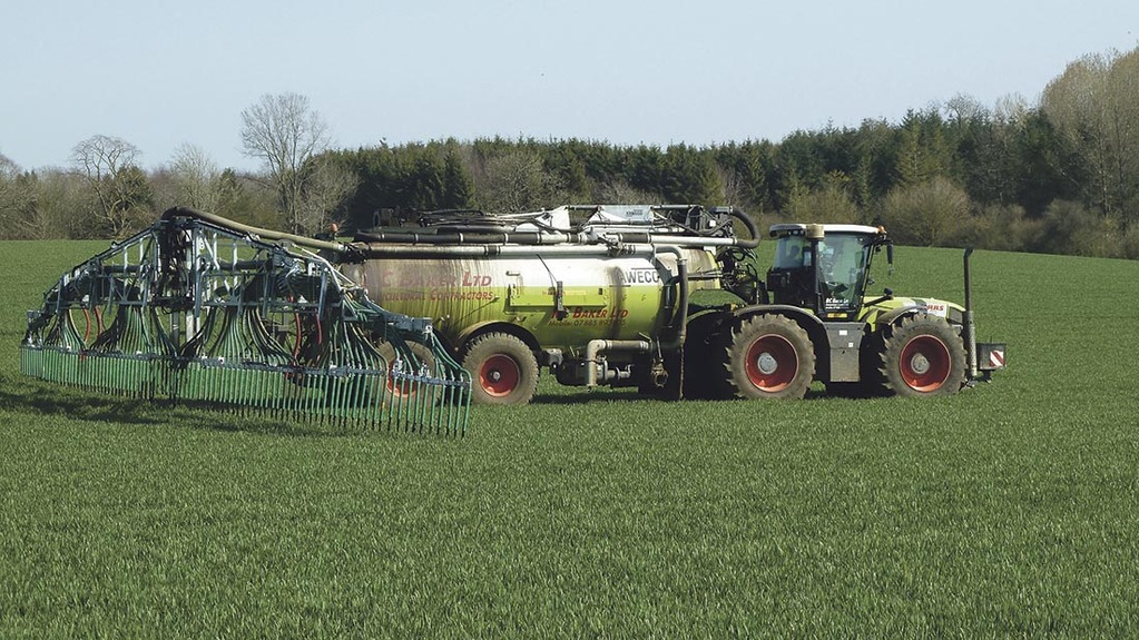 Muck and slurry 2015: Section control benefits slurry application