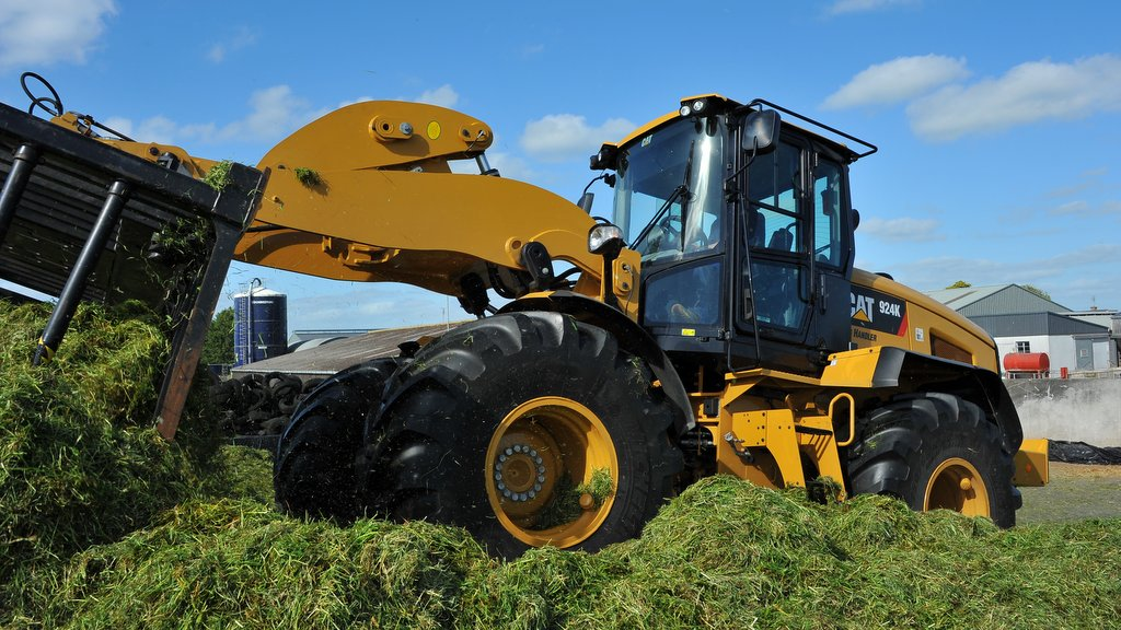 On-Test: Cat 924K Ag Handler