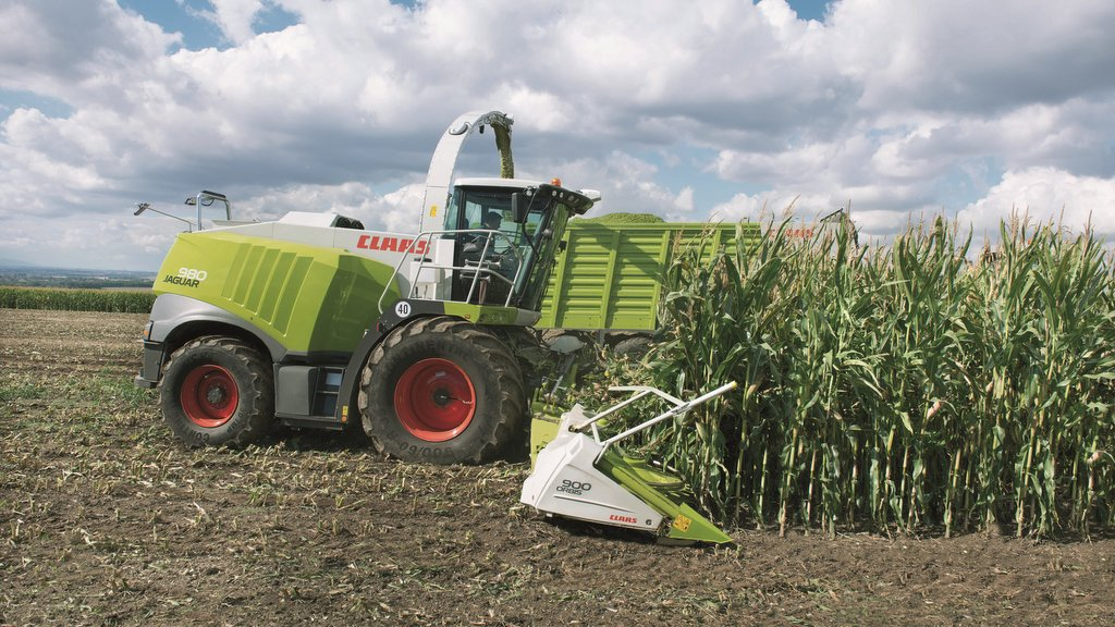 Claas extends corn cracker offerings for its Jaguar foragers
