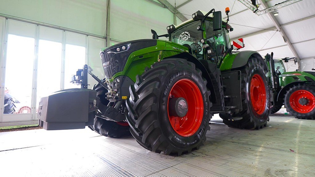 Lamma 2016: Tractor launches