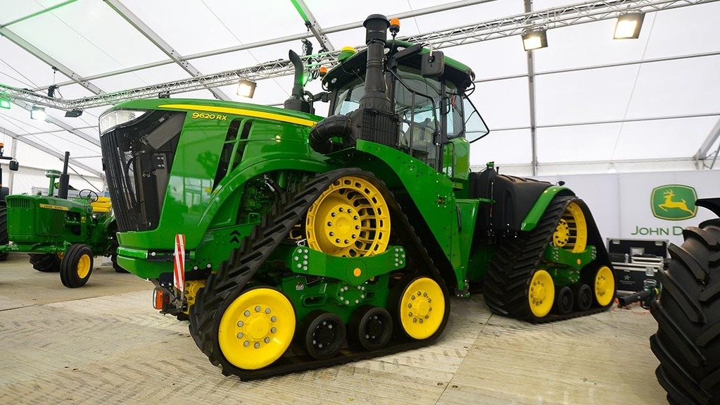 John Deere Line : Lamma tractor launches news farmers guardian