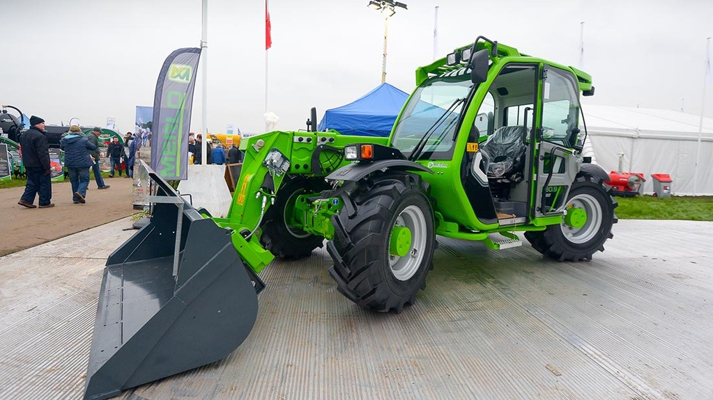 Lamma 2016: Loaders and attachments