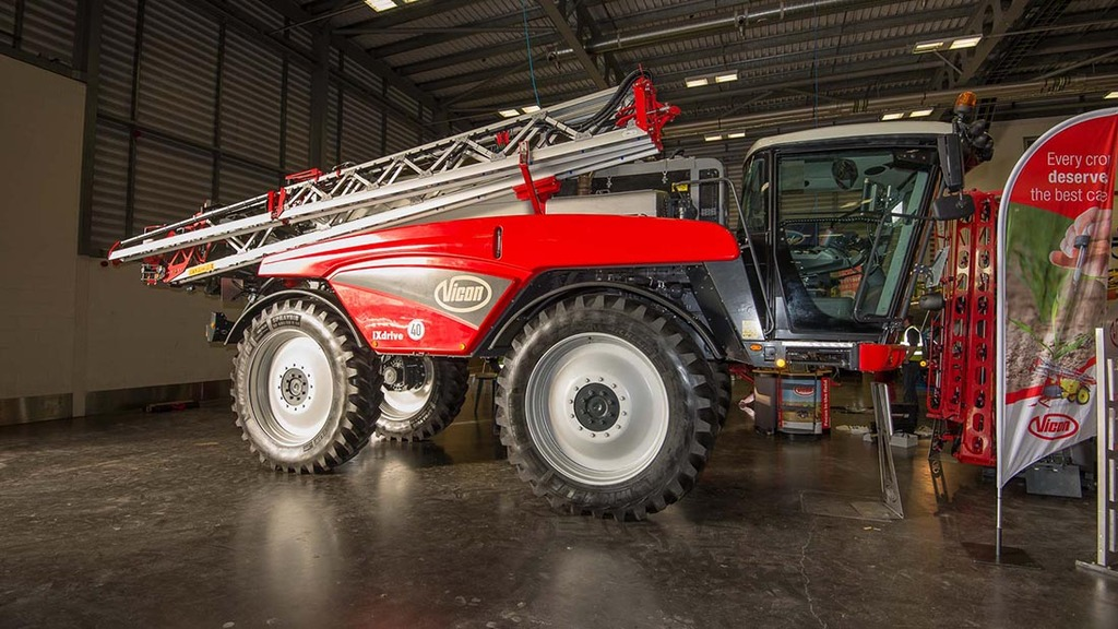 Vicon iXdrive self-propelled sprayer