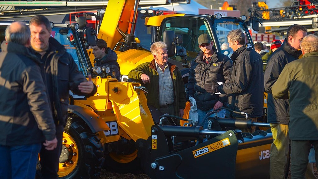 Pictures from Lamma 2016
