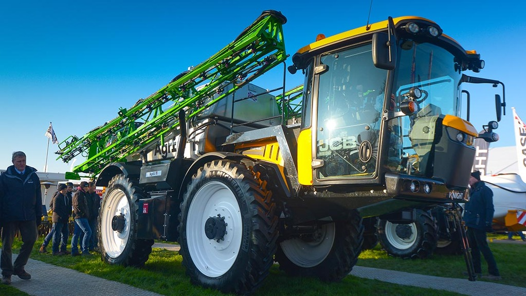Lamma 2016: Arable and root crop equipment