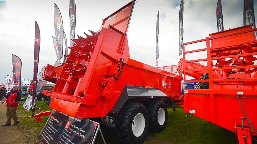 K Two Evo 18 20 muck spreader