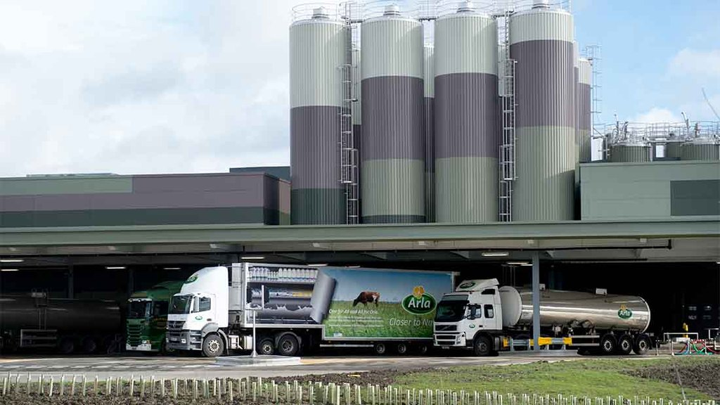 Arla announces milk price drop - but maintains UK price
