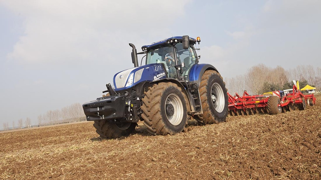 On-test: New Holland T7 family grows with heavy duty models