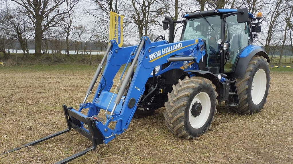 New Holland updates core T5 and T6 tractor models - NEWS