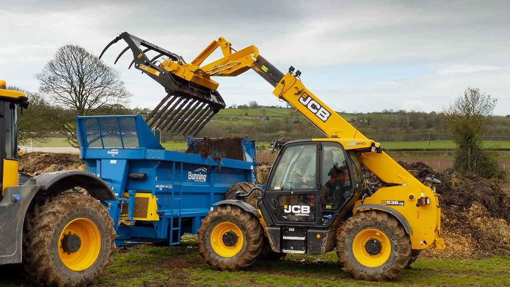 JCB offers best of both worlds with new DualTech VT transmission for AgriPro range of Loadalls