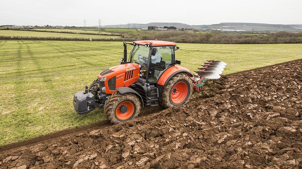 On-test: Is Kubota's 'big' tractor a serious contender?